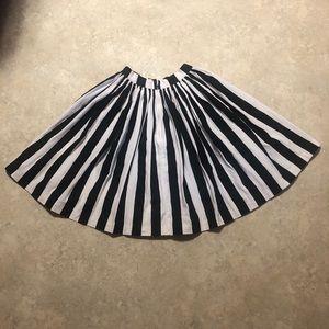 VGUC PUG Mark Stripe Swing Skirt